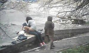 Подсмотренный секс с уличной проституткой