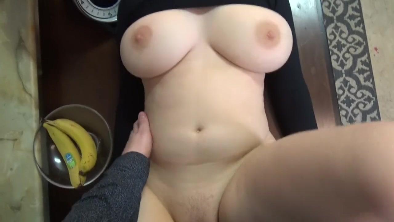 Большая Натуральная Грудь Домашнее Порно Смотреть